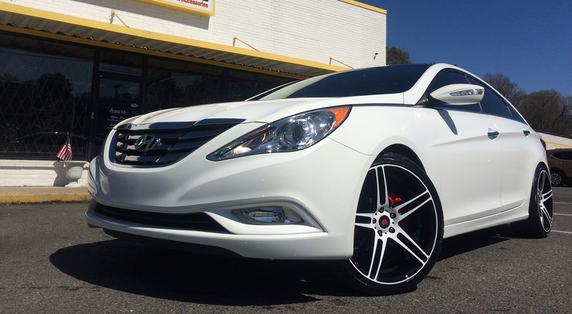 Hyundai Sonata On 20 Inch Axe Ex12 White Wheels